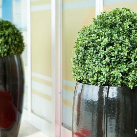fioriere-moderni-ceramica-neri