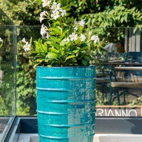 fioriere-turchese-esterno