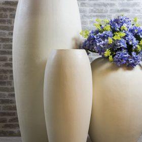 posude-za-cvijece-plasticne-visoke