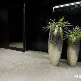 vasi-moderni-oro-per-fiori