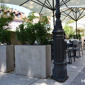 posude-za-cvijece-betonske-restoran-kafic