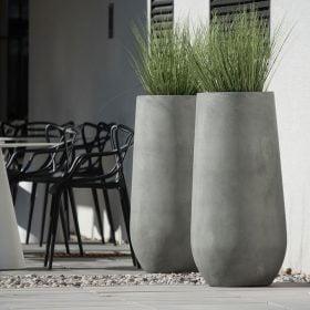 posude-za-cvijece-betonske-visoke